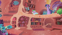 Twilight in the sparkling library S1E10
