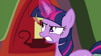 Twilight Sparkle angry at Rainbow Dash for flying S4E21