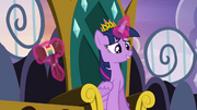 Twilight and Rainbow Gavel S4E22.png