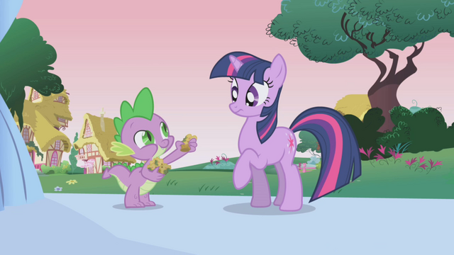 File:Spike offering Twilight a baked bad S1E04.png
