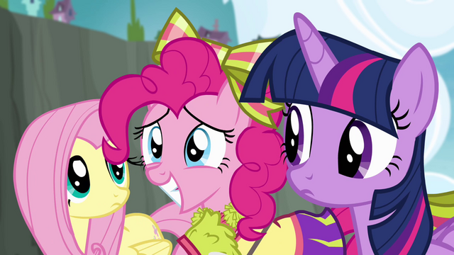 File:Pinkie Pie smiling S4E10.png