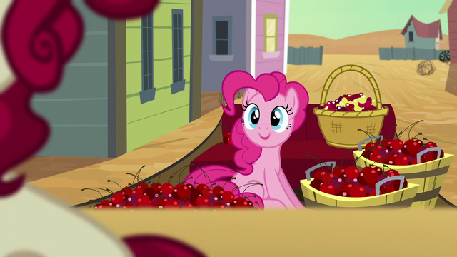 File:Pinkie on the carriage S5E11.png