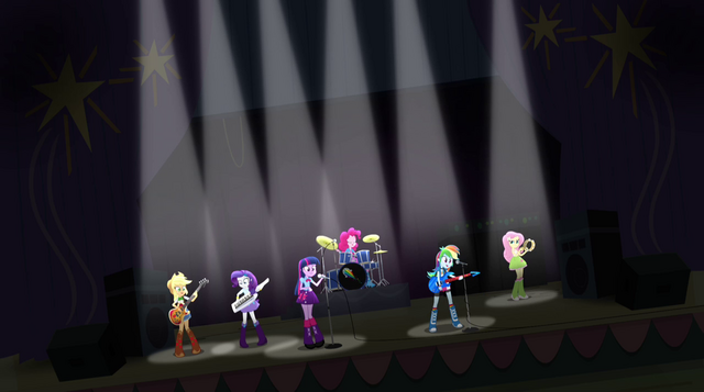 File:Rainbow Dash's grand entrance EG2.png