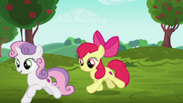 Sweetie Belle and Apple Bloom gallop to racing area S6E14