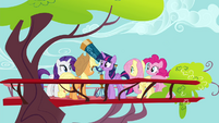 "Twilight ""Thanks for meeting me, everypony"" S4E21"