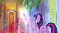 The crystal emitting rainbow light S3E01