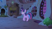 Twilight Sparkle panicking S1E24