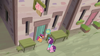 Scootaloo and Sugar Belle arrive at the bakery S7E8