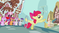 Apple Bloom posing while doing her tricks S2E06
