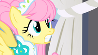 Fluttershy shocked to see a huge crowd of ponies staring at her S1E20
