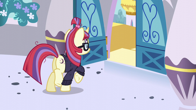 File:Moon Dancer stops at the tower doors S5E12.png