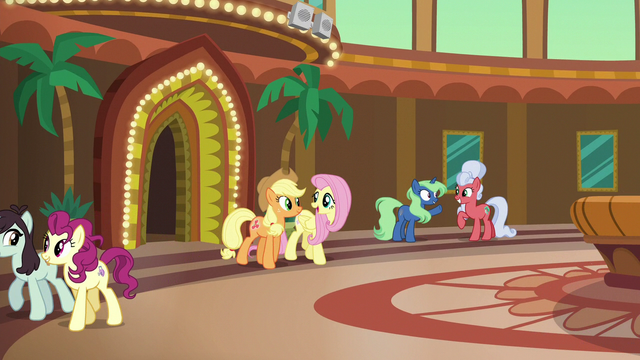 File:Applejack and Fluttershy leaving the resort S6E20.png