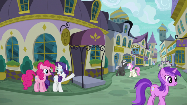 File:Rarity shows Pinkie Pie to Restaurant Row S6E12.png