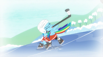 Rainbow hits hockey puck S5E5