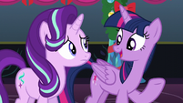 """Twilight """"Hearth's Warming is about more than presents and candy"""" S6E8"""