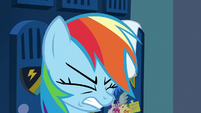 Rainbow Dash reaching her limit S7E7