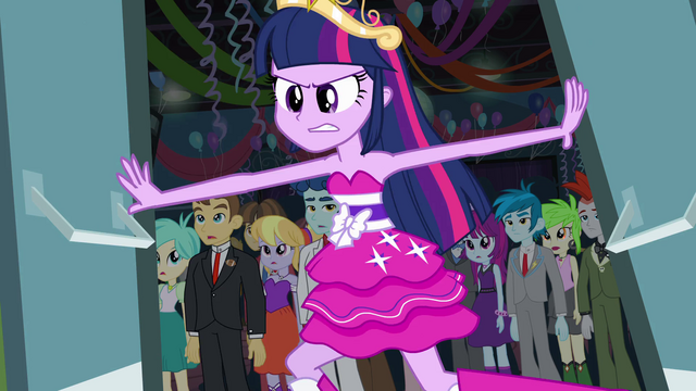 File:Twilight pushes gym doors open EG.png