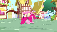Pinkie Pie feeling down S4E12