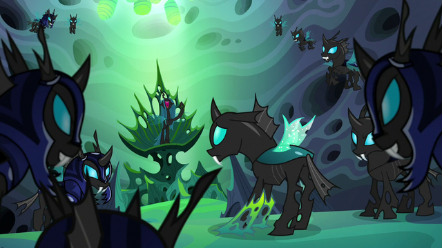 "File:Queen Chrysalis ""for generations!"" S6E26.png"