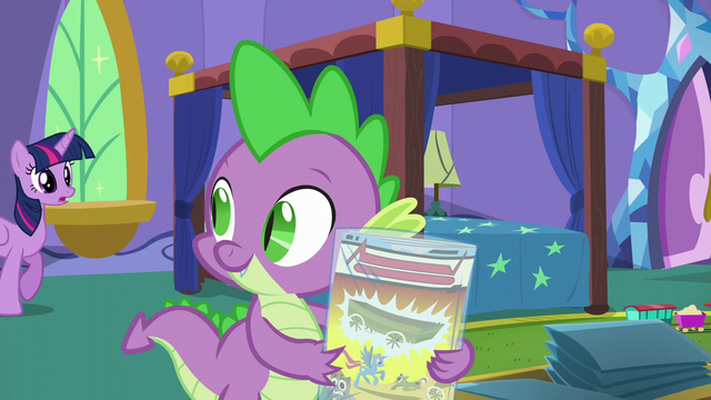 "File:Twilight ""They're mint-in-bag!"" S5E19.png"