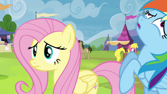 File:Rainbow Dash fainting S4E22.png