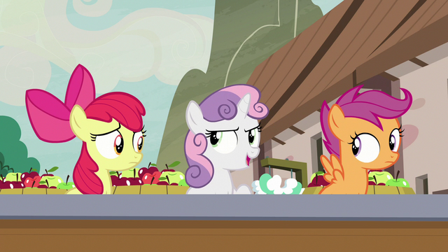"""File:Sweetie Belle """"nothing fishy's going on"""" S7E8.png"""