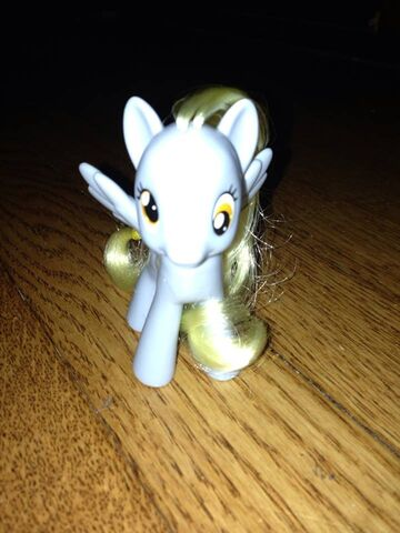 File:Derpy Hooves playful pony toy.jpg