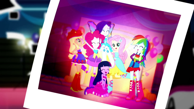 File:Photo of the Mane Six laughing together SS2.png