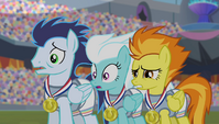 Wonderbolts cringing at Spike's singing S4E24