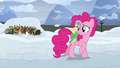 Pinkie Pie watches Rutherford and yaks sway S7E11.png