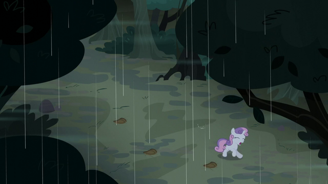 File:Sweetie Belle gallops after her friends S5E6.png