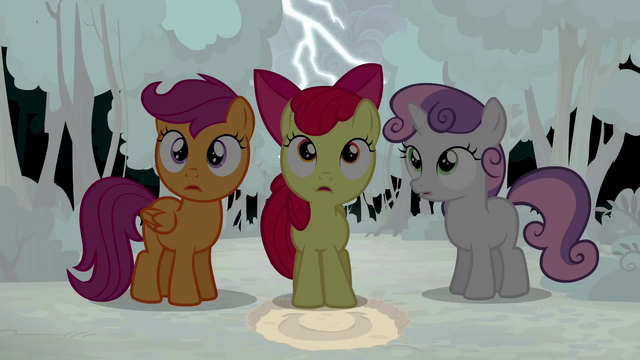 File:Lightning strikes over the Crusaders S5E6.png