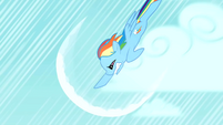 Rainbow Dash charges S01E16
