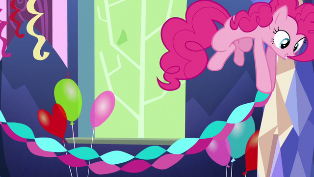 File:Pinkie Pie hanging paper streamers S5E3.png