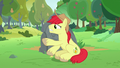 Bright Mac doesn't want Pear Butter to leave S7E13.png