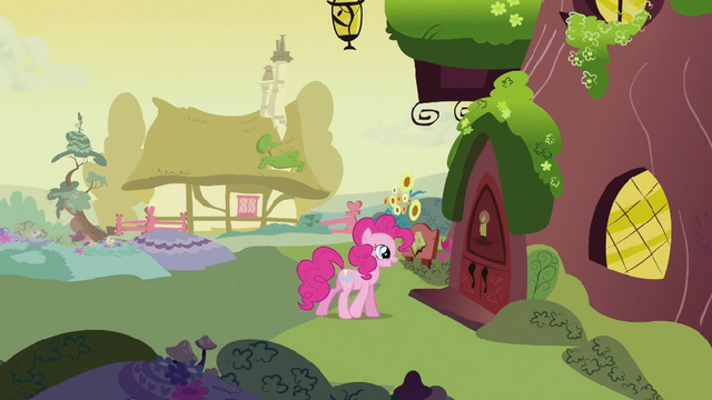 File:Pinkie Pie about to enter library S2E20.png