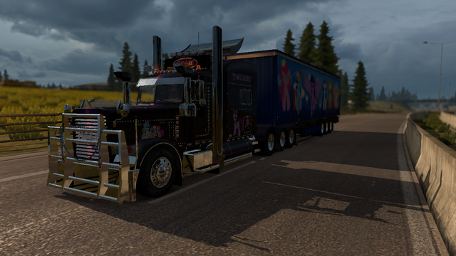 File:FANMADE ETS2 Peterbilt 389 Custom - Twilight Skin 1.png
