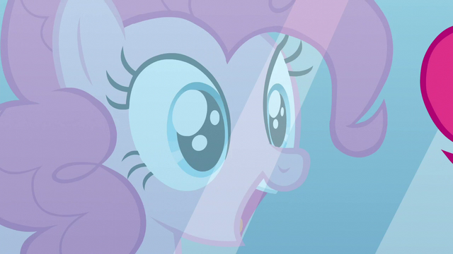 File:Pinkie in the mirror S5E24.png