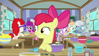 Apple Bloom looking at the oven S6E4
