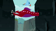 Rainbow Dash flying around the Quarray eel S2E07.png