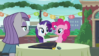 "Rarity acting ""And now I know exactly what to order"" S6E3"