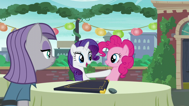 """File:Rarity acting """"And now I know exactly what to order"""" S6E3.png"""