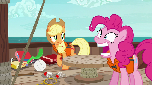 File:Pinkie Pie opening and closing her mouth S6E22.png