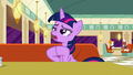 """Twilight """"a little stressed about how"""" S6E9.png"""