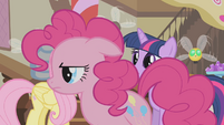 Pinkie Pie leaving Sugarcube Corner S1E10