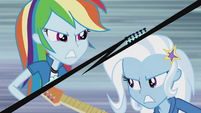 Rainbow Dash vs. Trixie EG2