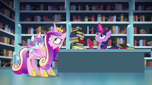 File:Cadance and Twilight looks up S6E2.png