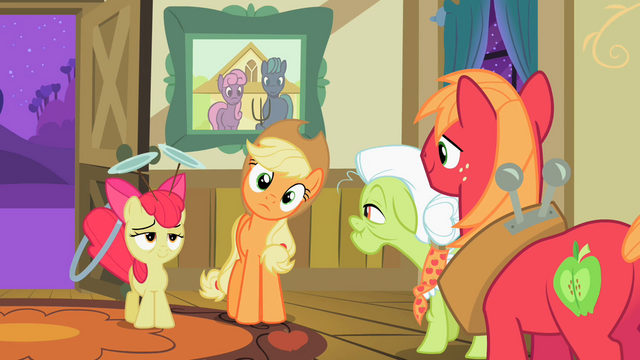 File:Apple Bloom looks exhausted S2E06.png