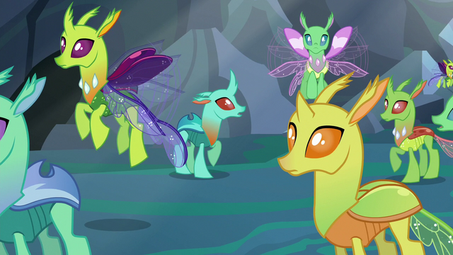 File:Changelings' new forms revealed S6E26.png