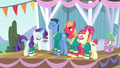 Rarity blowing pitch pipe 1 S4E14.png